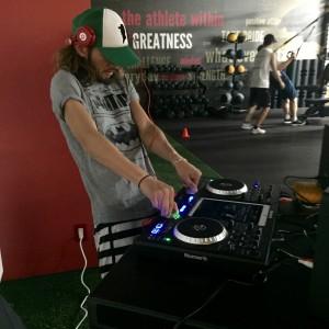 村尾隆介DJナイト